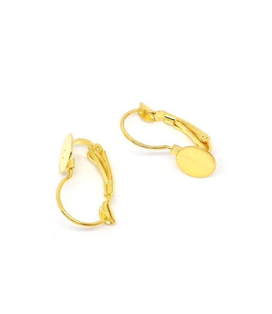 Par de pendientes dorados con base 21x13 mm
