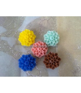 Pack de 5 flores de resina colores 16x8mm