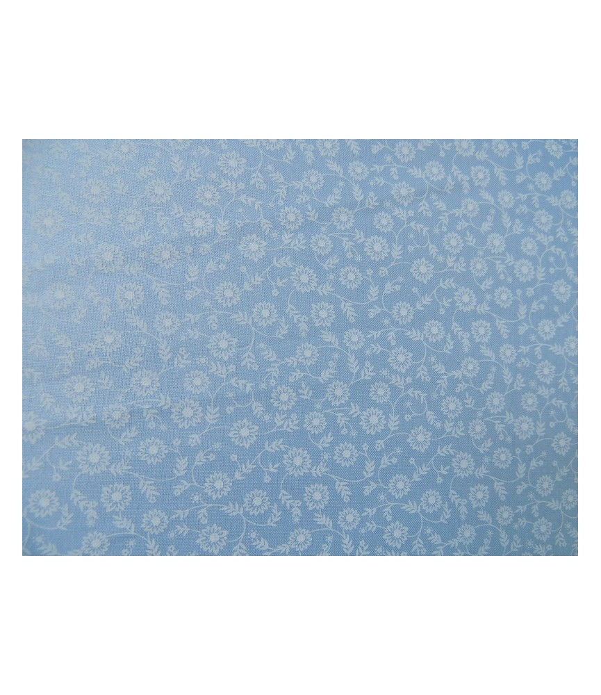 Tela azul claro estampado florecitas