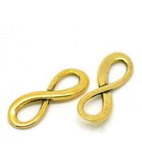 Charm simbolo infinito dorado