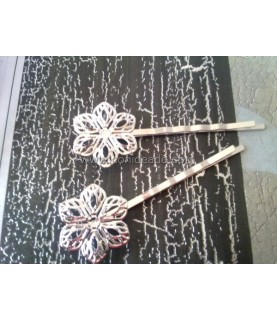 Horquilla vintage flor color plata