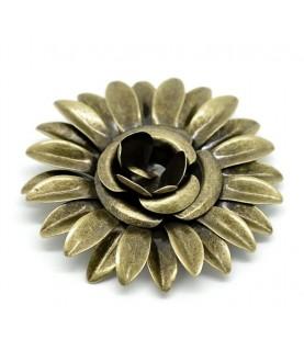 Flor de metal de 5,8 cm