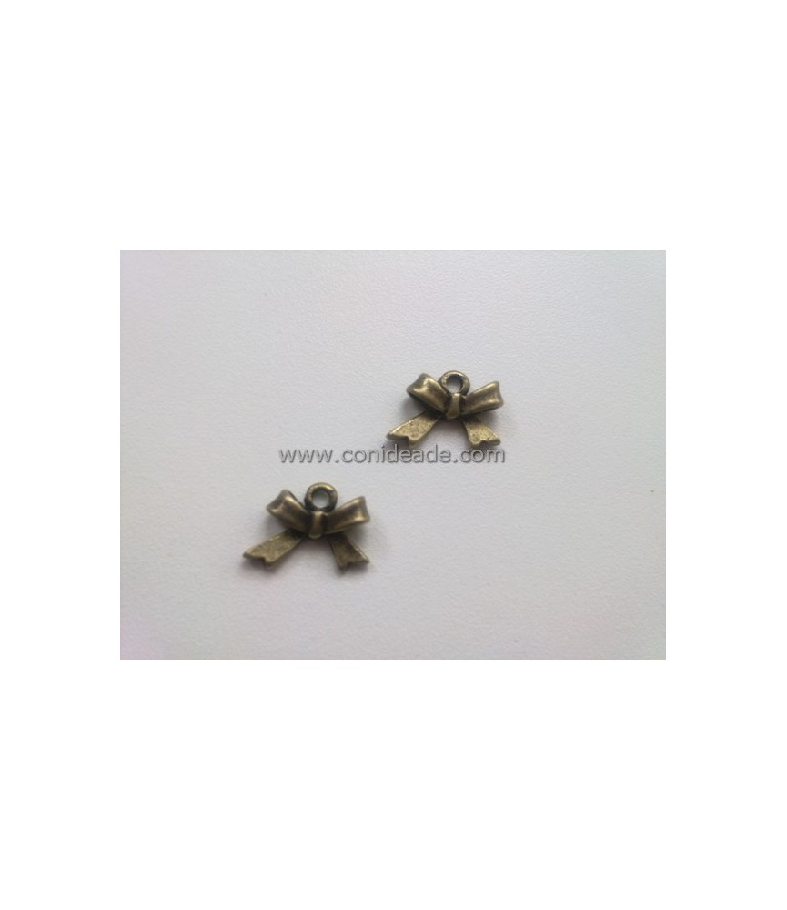 Charm Lacito bronce 11x15mm