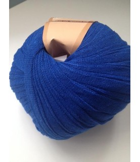 Ovillo de trapillo ligero azulón