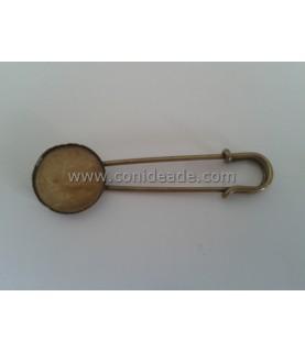 Imperdible de 6 cm con base para camafeo