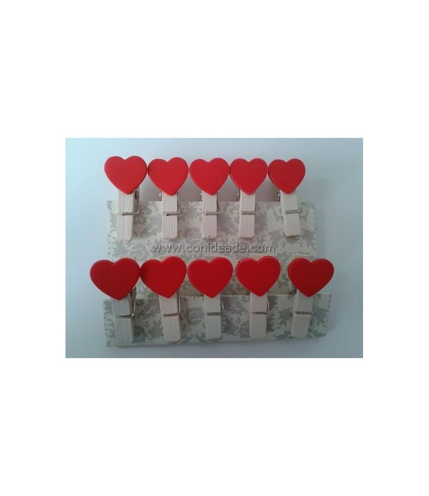 Mini pinzas de madera con corazon
