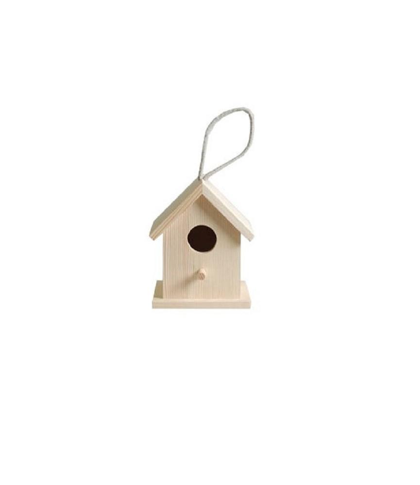 Casa de pajaros de madera