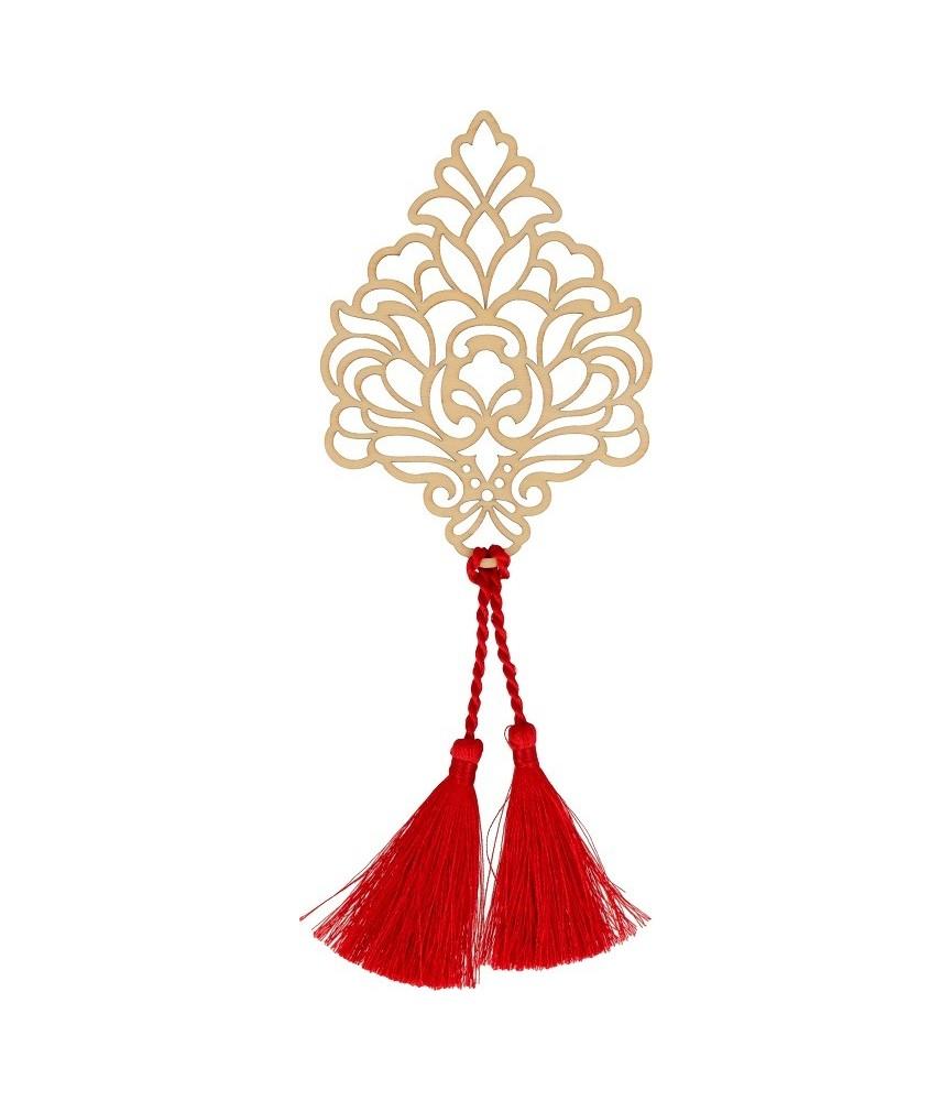 Silueta de madera con dos borlas en rojo