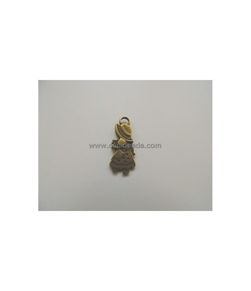 Charm muñeca sombrero bronce