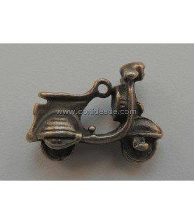 Charm Vespa bronce