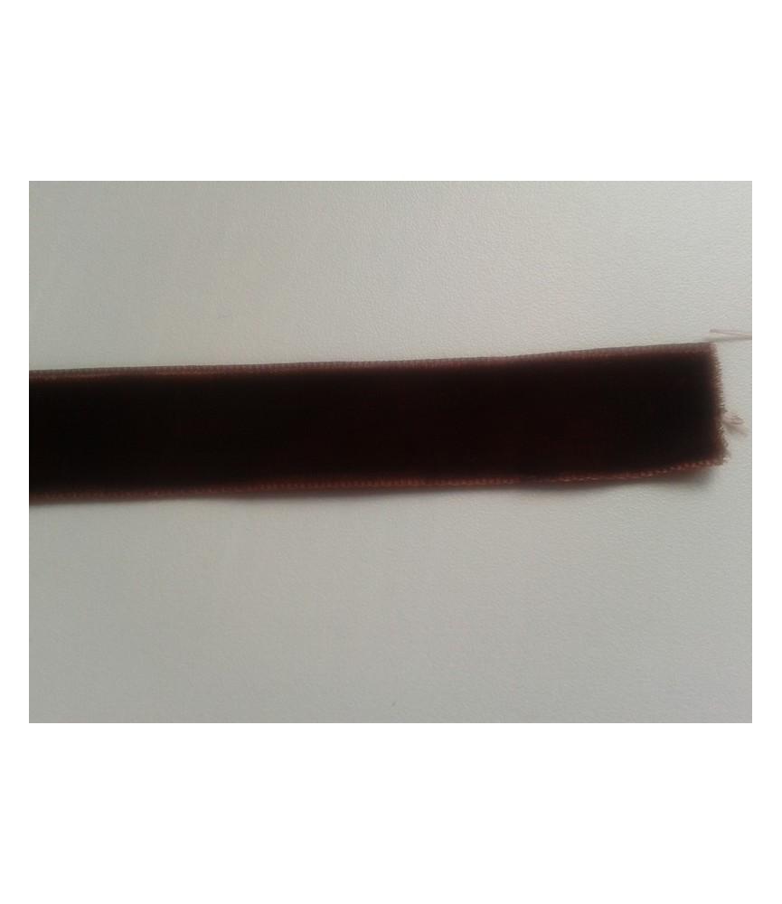 1 metro de cinta de terciopelo de 1.5 cm