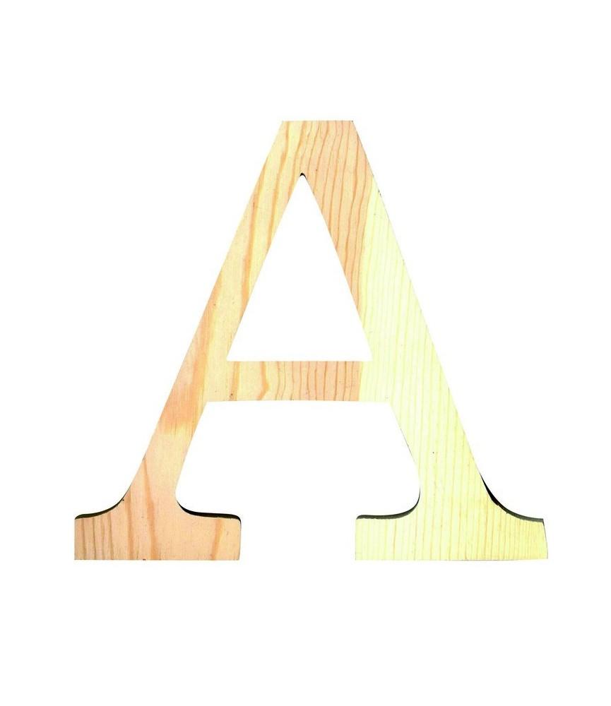 Letra A grande de madera