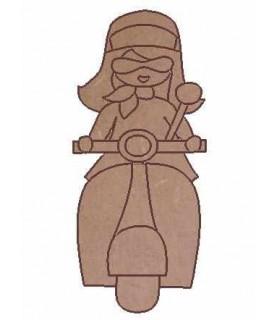 Imagén: Silueta madera Niña Vespa