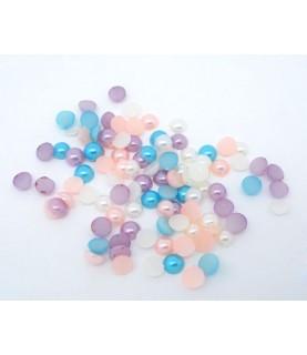 Pack de 50 perlas con base plana colores
