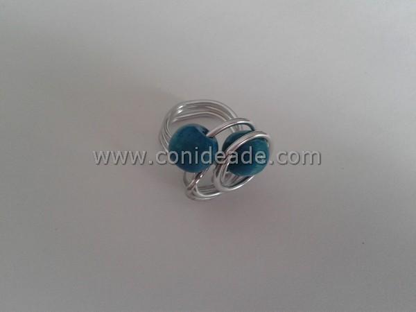 Anillo alambre de aluminio con abalorios