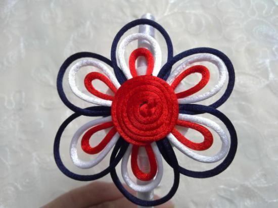Cómo hacer flor con cola de ratón