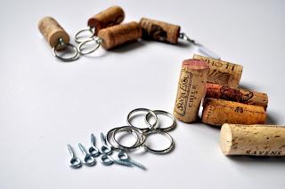 Hacer llavero con corcho de vino