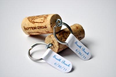 Llavero con corcho de vino