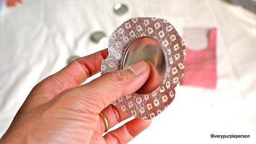 forrar botón con tela patchwork