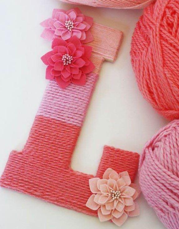 Letra de cartó forrada con lana