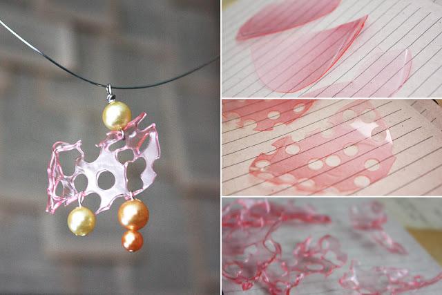 collar de vasos de plastico en color rosa