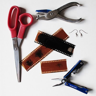 materiales para hacer pendientes con negativos