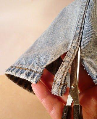 recortando pantalon vaquero