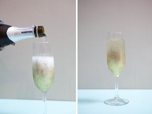 champan en copas con brillantina