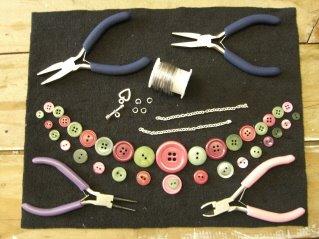 materiales para hacer collar de botones