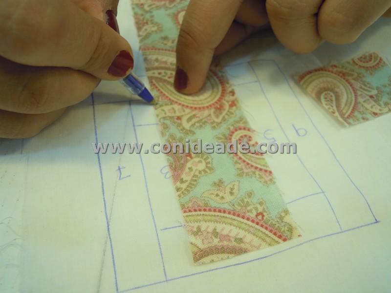 Cortar trozos de tela patchwork segun patron log cabin