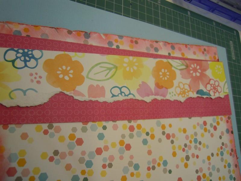 Tiras de papel scrap rasgadas para decorar