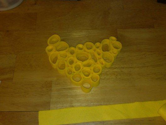 circulos de fieltro amarillo