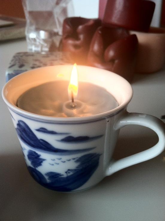 Tutorial para hacer una vela en una taza