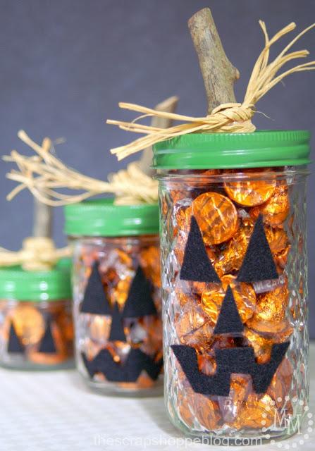 porta caramelos hecho con rama y fieltro