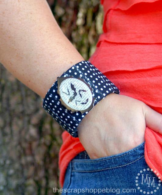 brazalete azul de tela para halloween