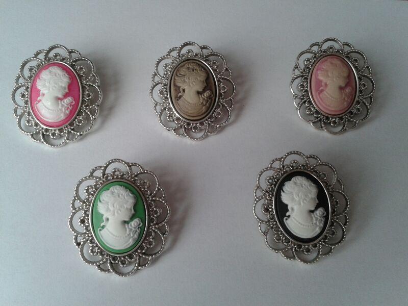 Coleccion bases de camafeo con bustos de mujer para boda