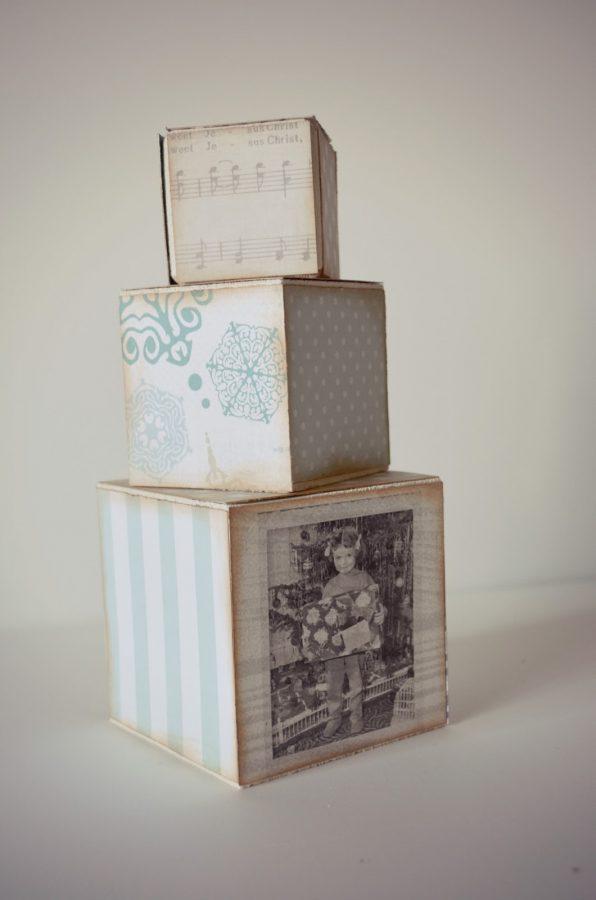 decoupage en cubos de madera para decorar en navidad