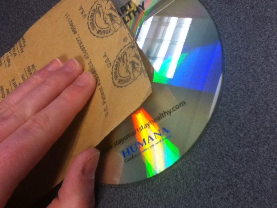 lijar el cd para poder decorarlo