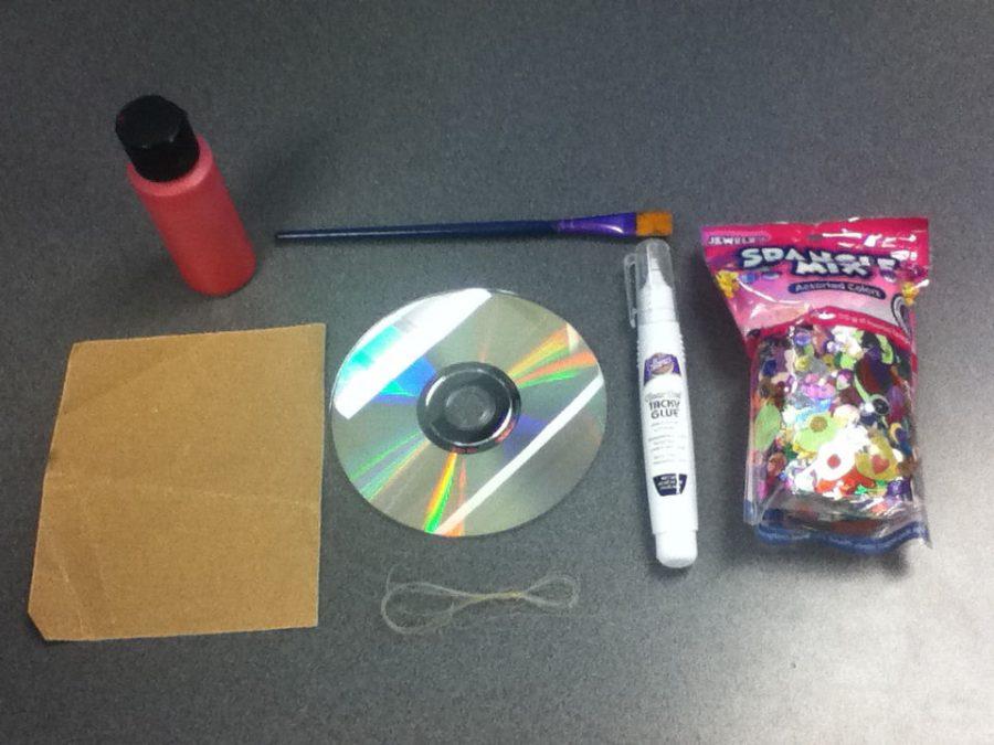 materiales para decorar un cd