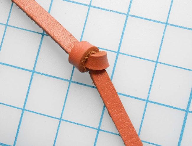 DIY collar cuero