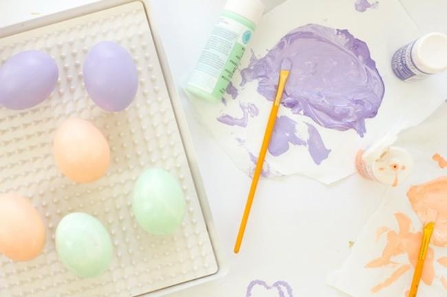 C mo hacer divertidos huevos de pascua con confeti blog for Como hacer confeti