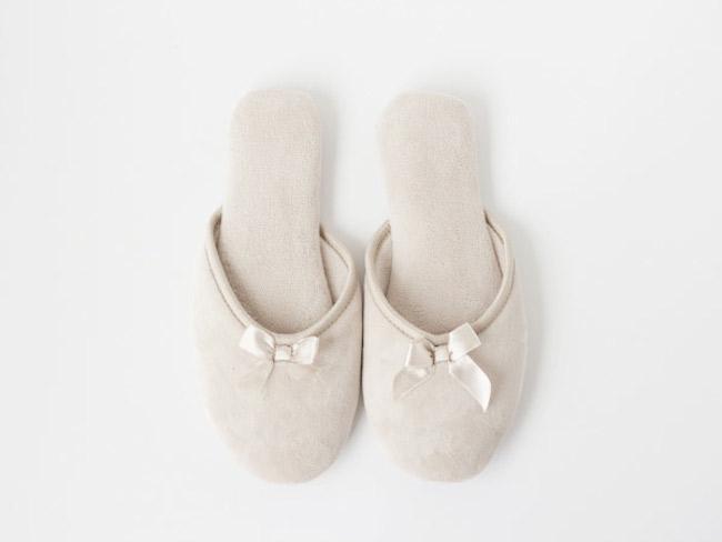 Diy zapatillas customizadas con forma de conejo blog material para manualidades con idea de - Zapatillas andar por casa originales ...