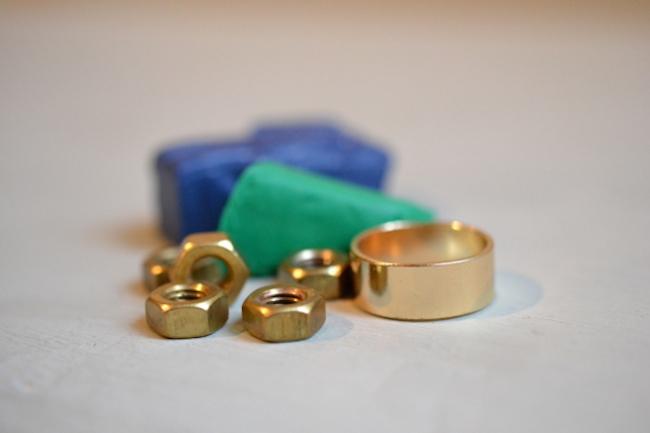 anillo materiales