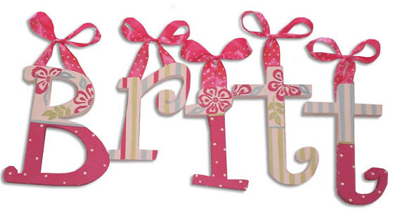 letras de madera decoradas con telas