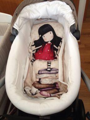 Mantita bebe con panel tela Gorjuss