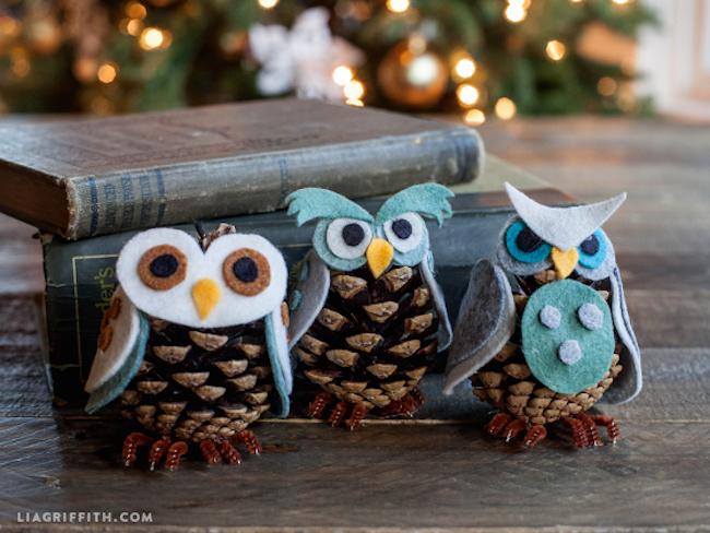 C mo hacer unos b hos navide os con pi as de rbol blog - Manualidades navidad con pinas ...