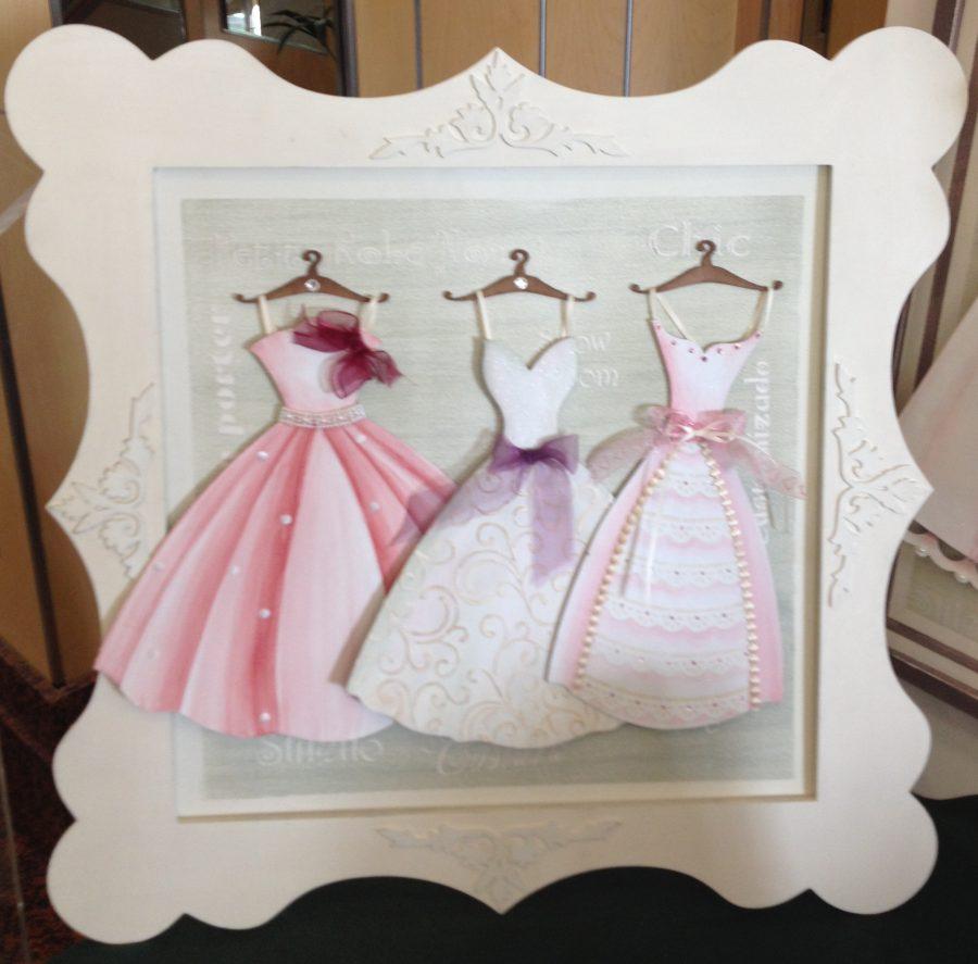Cuadro vestidos pintados