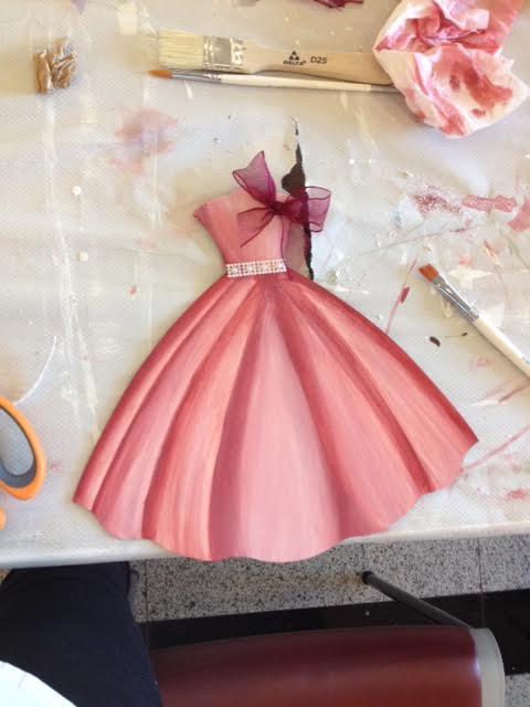 vestido pintado y terminado