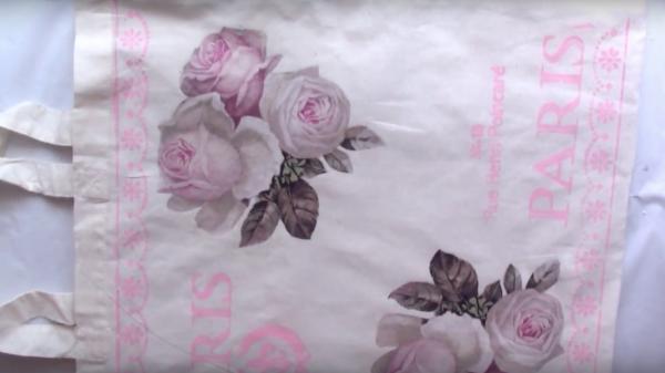 Bolsa de tela decorada con decoupage