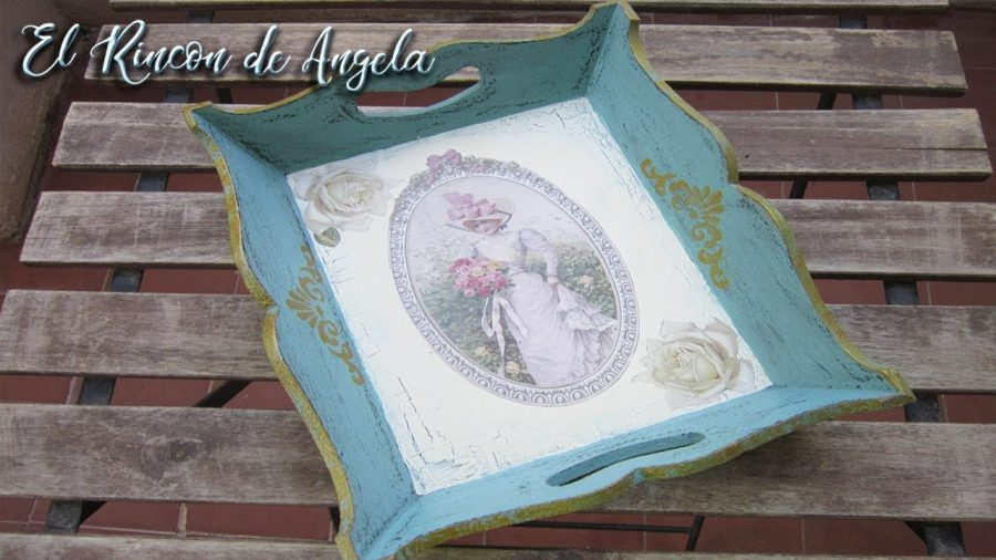 Tutorial para decorar una bandeja con decoupage y decapado